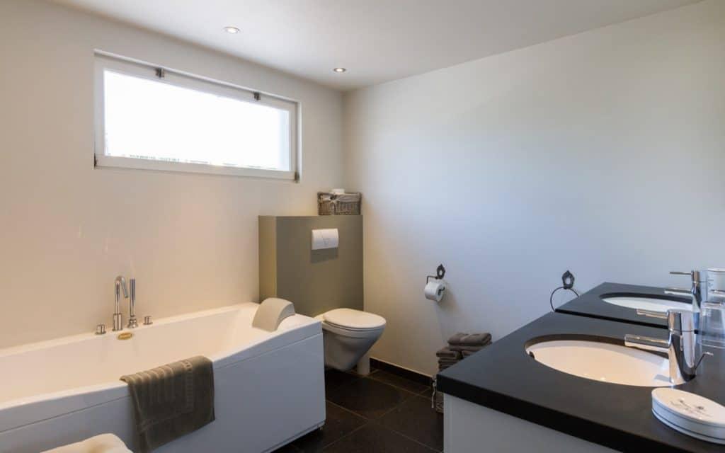 Gelijkvloers / Rez-de-chaussée / Ground floor
